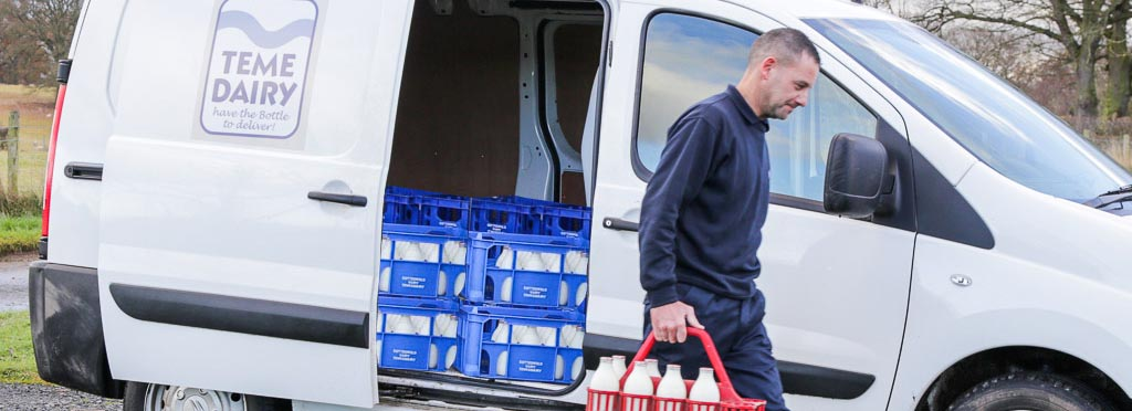 Tenbury Wells Milk Delivery - Teme Dairy Staff